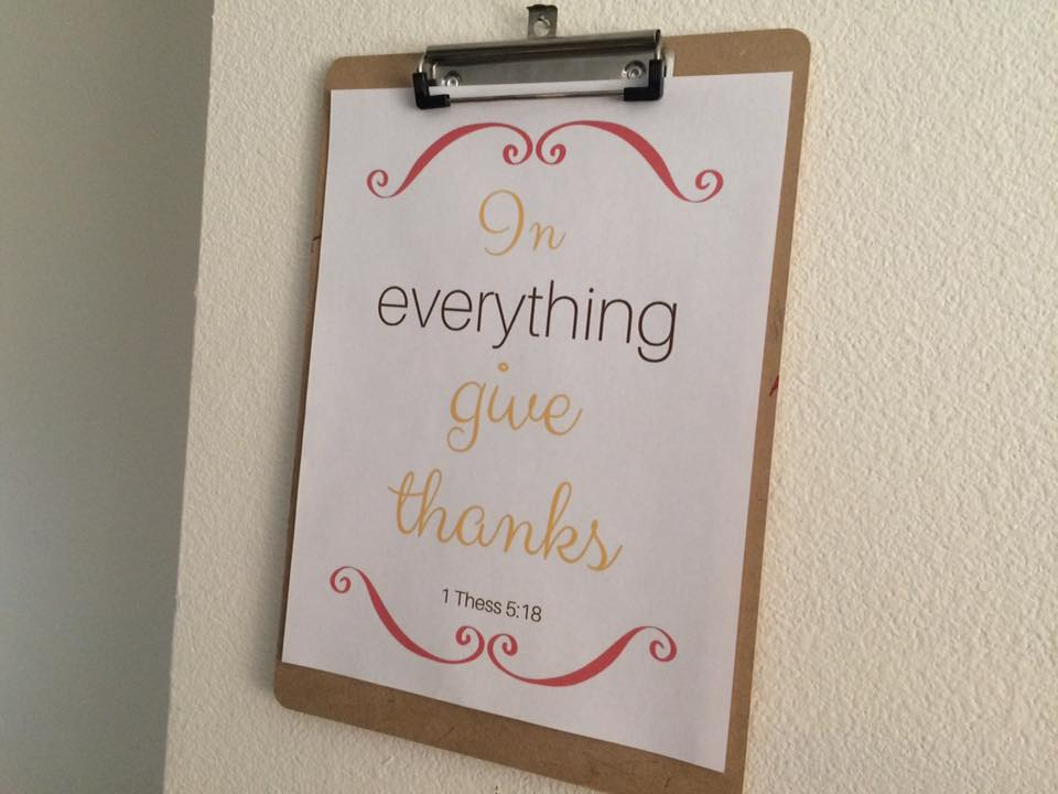 give-thanks-on-the-wall